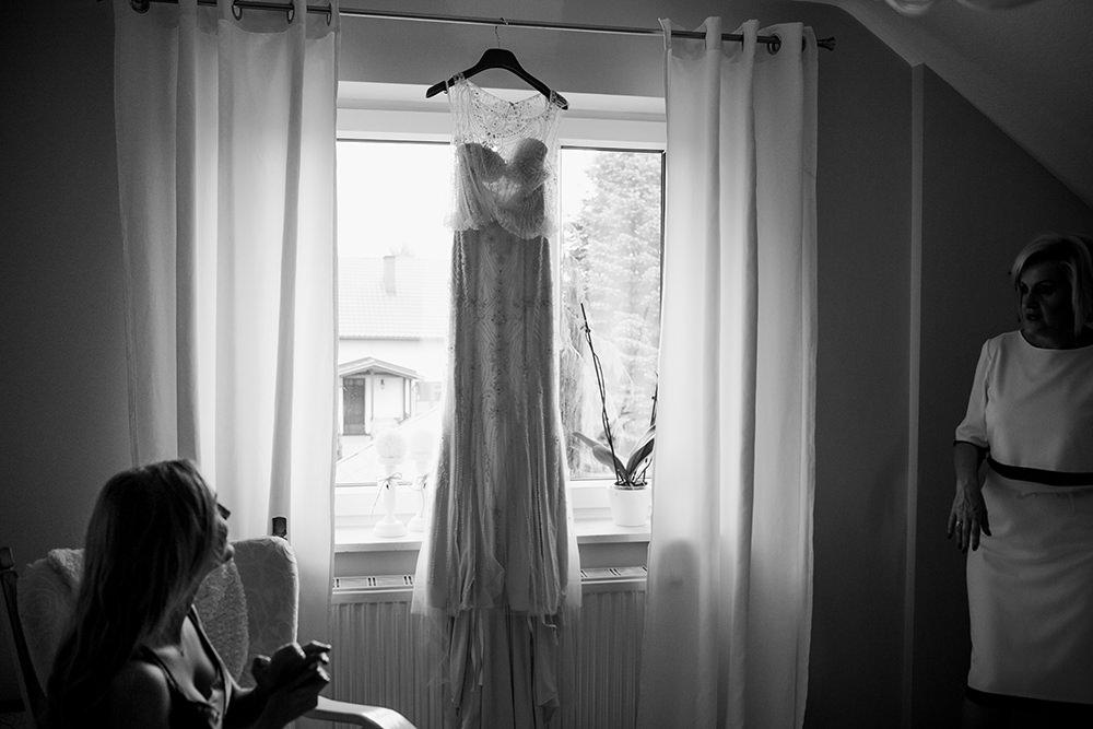 fotografia-slubna-eleganckie-wesele-fotografia-slubna-krakow-piekne-wesele-zamek-w-krasiczynie-suknia-justin-alexander