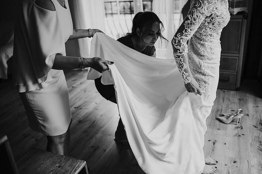 fotograf-slubny-slub-marzen-warszawa-emocjonalna-fotografia-mazowieckie-najpiekniejsze-suknie-slubne