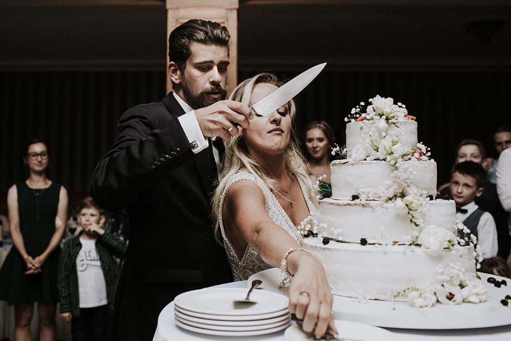 fotograf-slubny-warszawa-slub-rzeszow-wesele-janiowe-wzgorze-tort
