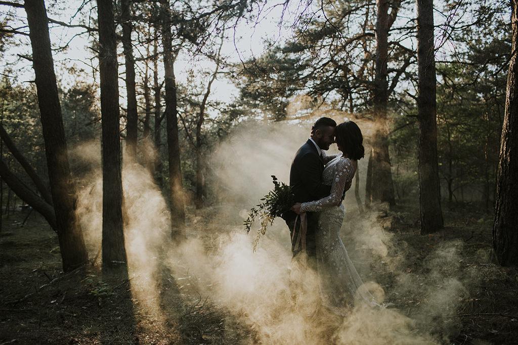 sesja-na-pustyni-bledowskiej-fotograf-slubny-krakow-viola-piekut-dym