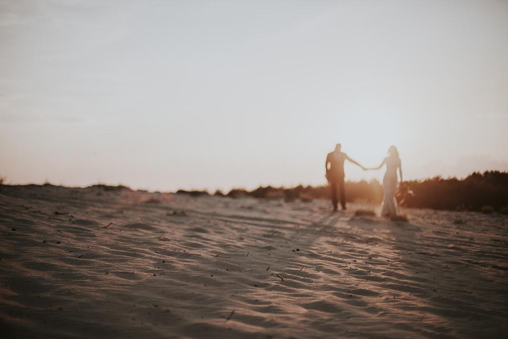 sesja-na-pustyni-bledowskiej-fotograf-slubny-krakow-viola-piekut
