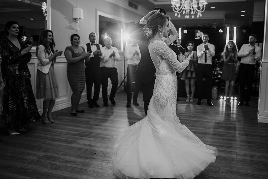 najpiekniejsze-zdjecia-slubne-fotograf-krakow-pierwszy-taniec
