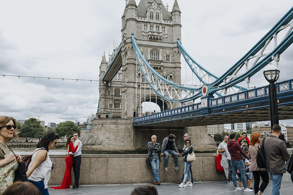 fotografia-slubna-krakow-aleksandra-nowak-cztery-kadry-fotograf-na-slub-krakow-sesja-narzeczenska-londyn-sesja-w-londynie-londyn-fotografie-sesja-zdjeciowa-london-nothing-hill-londyn-brighton-plaza-sesja-za-granica-sesja-zagraniczna-sesja-w-anglii-tower-bridge